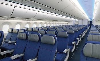 飛行機エコノミークラス